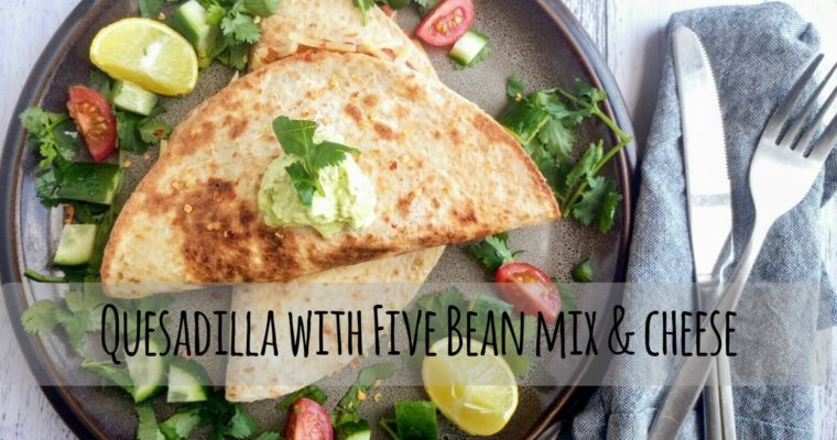 Quesadillas Five bean mix & cheese
